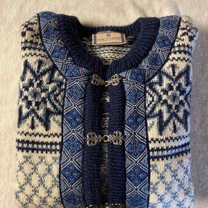EuC Dale of Norway Wool Sweater Beautiful woven